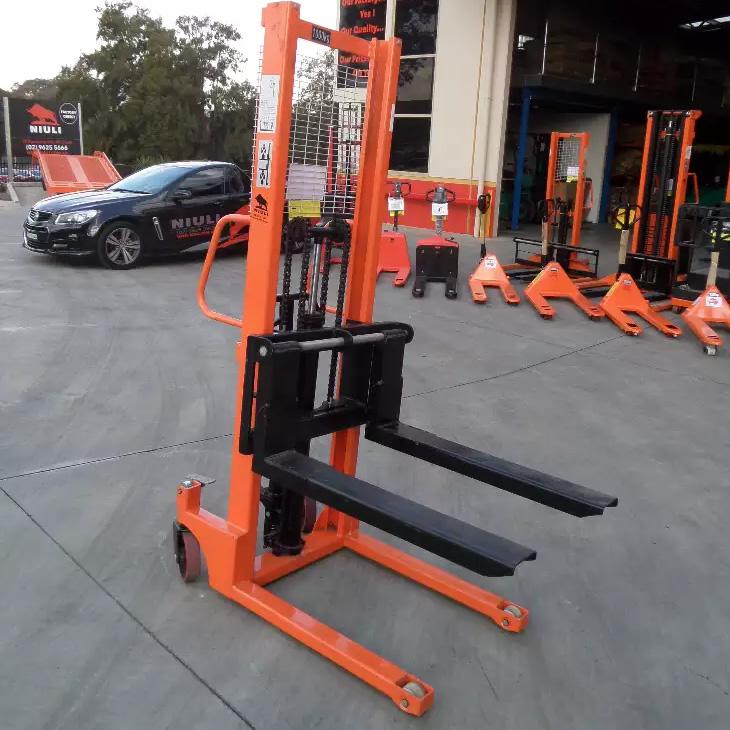 Handling Gear Australia Manual Narrow Pallet Stacker